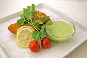 白身魚のフライ&豆乳パクチーソース
