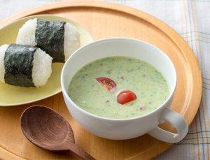 アボカドの豆乳レンジスープ